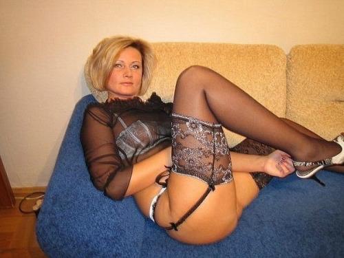 Sexy amateur mature european
