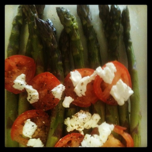 Favorite side dish & it's easy! Asparagus, tomato and herbed feta cheese :) 400 degrees for 10 min. #healthyeating #healthycooking #homecooking #cookingwithtjs #cookingwithtraderjoes #dinnersdone #asparagus #tomatos #feta
