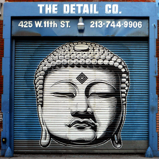 The Detail Co. by ~db~ on Flickr.A través de Flickr:Cryptik in Downtown L.A.