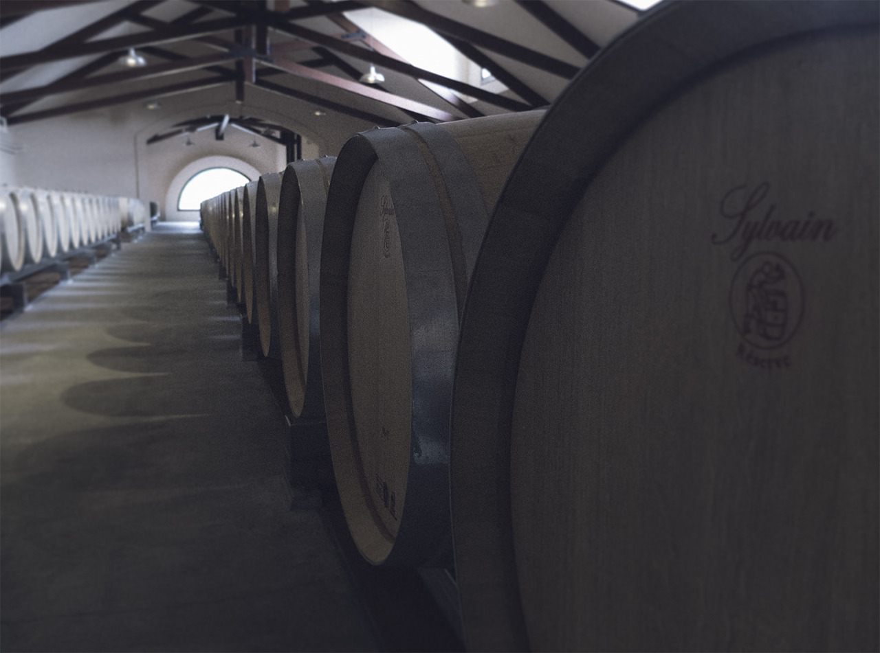 oak barrels (groth vineyards)