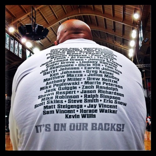 Michigan State Spartan basketball alumni on the back of Ray Weathers shirt during the Alumni Basketball Game at Jenison Field House on Friday Dec.14, 2012. #iphone #645pro #snapseed #msu #spartans #basketball #alumni #michiganstate (at Jenison Fieldhouse)