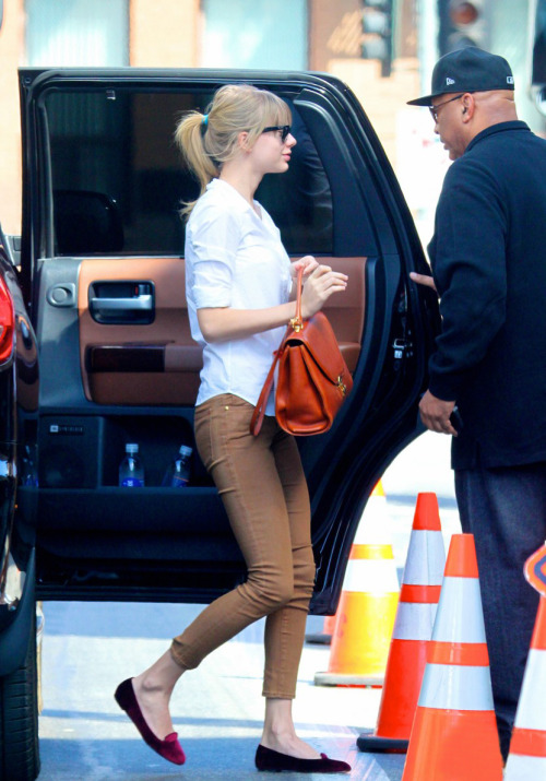 Taylor in Los Angeles Wednesday, March 6th