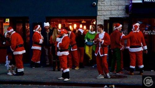 #Santacon Photos HERE by Alberto Reyes