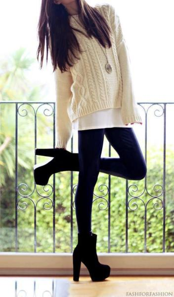 girlfrommath:  Sweater | via Facebook on We Heart It - http://weheartit.com/entry/56504484/via/GirlFromMath Hearted from: http://www.facebook.com/photo.php?fbid=343804539058804&set=a.329385903834001.62998.160217777417482&type=1&theater