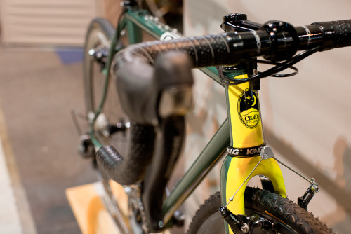 titsandtires:  (via 2013 NAHBS: Cielo and Chris King - PROLLY IS NOT PROBABLY)