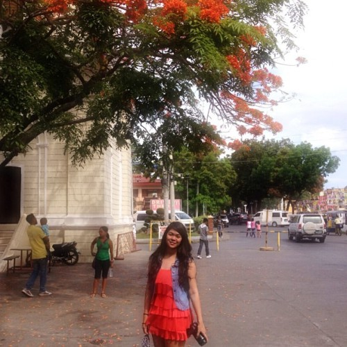 Sunday morning ☀ (at St. Paul Metropolitan Cathedral of Vigan)