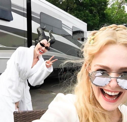 angelina jolie elle fanning fashion celebs Disney style actor actress film movies cute maleficent maleficent 2