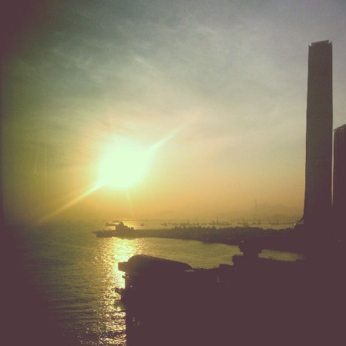 hkharbourcity:  Finally there is no more rain. #Sunset #hongkong #beautiful #hk