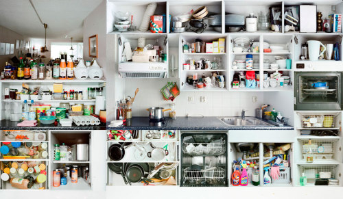 altoncbrown:  (via Erik Klein Wolterink: Kitchen Portraits examines the multicultural reality of kitchens (PHOTOS).)
