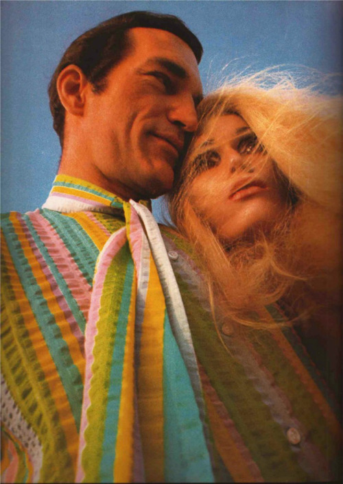 thekitschykat:  Double rainbow turtleneck shirt with attached ascot & mannequin head. Gentlemen's Quarterly, February 1969