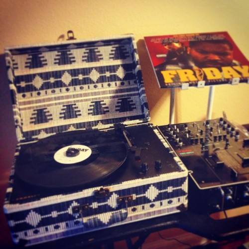 #Latepost B-day gift from my lady….she is sooo thoughtful. New turntable added to my collection.