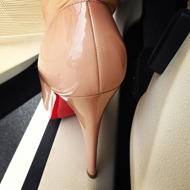 Christian Louboutin Type of Day💋👠