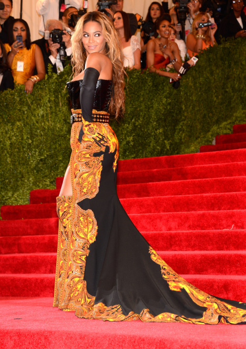 beyonce:  Beyoncé at the 2013 Costume Institute Benefit Dress by Givenchy Shoes by Givenchy Jewelry by Lorraine Schwartz Photographed by Kevin Mazur for Getty Images