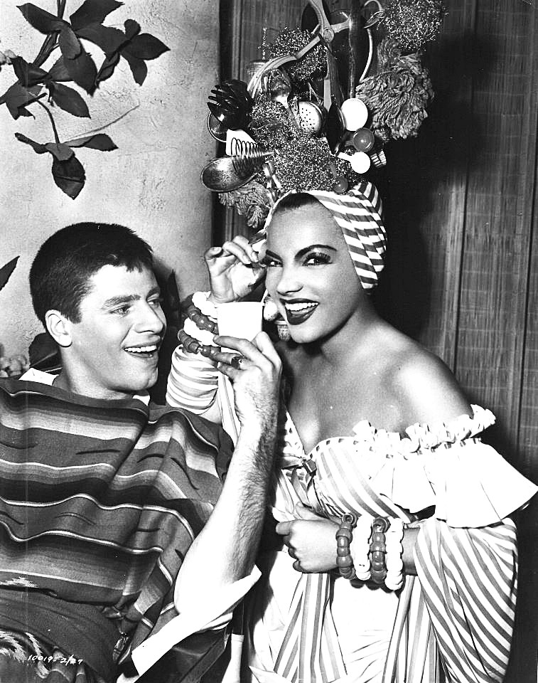 Jerry Lewis and Carmen Miranda on the set of Scared Stiff, 1952.