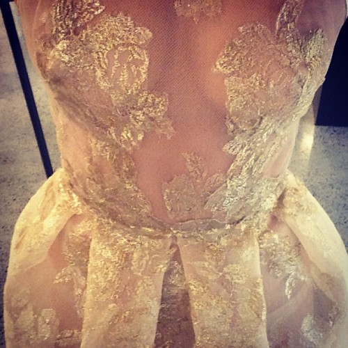 being-lara-bingle:  dat dress