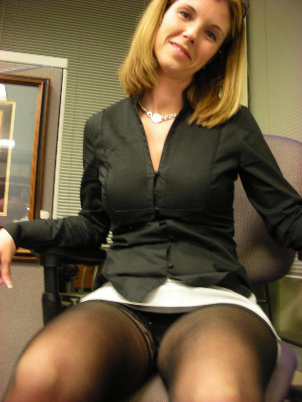 Special case.. Hot office girls upskirt variants