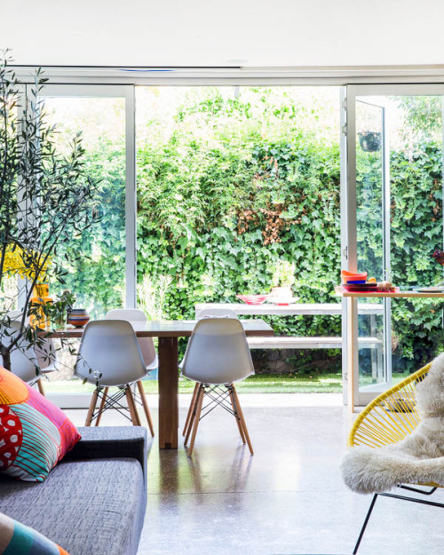 homeandinteriors:  The Melbourne home of illustrator / designer Letitia Green and her husband Michael Green