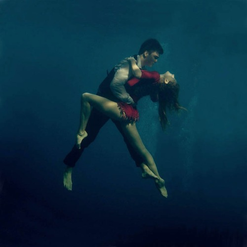 Under Water Tango http://freeyork.org/photography/katerina-bodrunova – View on Path.