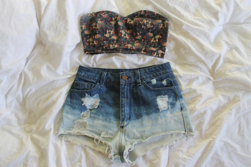 maluhia-sea:  mine!! ootd! feel free to reblog!!! maluhia-sea ❀ please don't change the source!