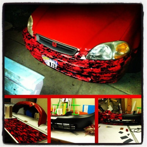 bmxfreekonwheelz1:  #red #digitalcamo #install on my #1998 #Honda #civic #EJ8 looks good!! Happy with the outcome! (at canadia)
