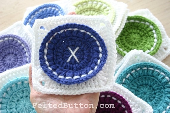 touchecrochet:  Bright as a Button Blanket