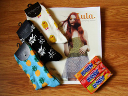 Giving away a copy of Lula + other treats in honor of Style is Style's fifth anniversary!  Click through to enter!