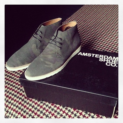 Many thanks to Amsterdam Shoe Co. for sending over this very welcome gift! #amsterdamshoeco #camo #chukka #camouflage #shoes