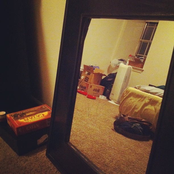 My current bedroom situation. #apartment #ghetto #butseriously #ghettoforreal