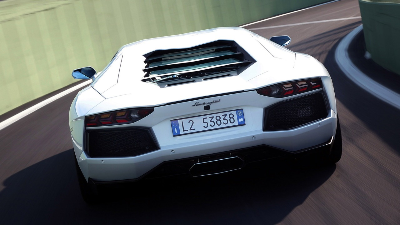 Lamborghini aventador lp700 white on nice hd wallpapers.