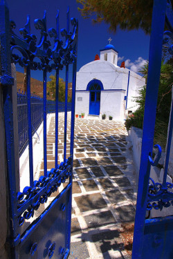 fuckyeahgreece:  Agios Nikolaos church, Serifos island by Marite2007 on Flickr.