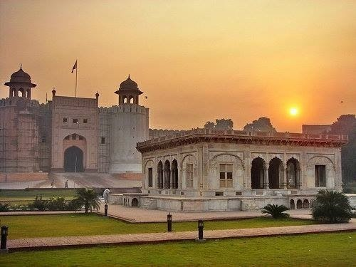 pakistanisher:  Beautiful sunrise in Lahore