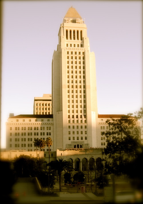 Los Angeles City Hall  Photo by Politicoll