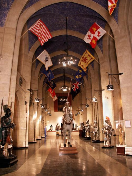 mediumaevum:  NEWS - Higgins Armory Museum to close after 82 years An 82-year-old Worcester institution with an internationally renowned collection of arms and armor that is the second largest in the country, announced Friday it will permanently close Dec. 31 after losing a long battle to raise enough endowment money to ensure its future. Read on P.S. This made me unexpectedly sad.