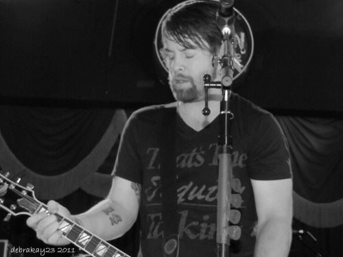 A few pics from one of my favorite David Cook shows … Whiskey Roadhouse in Council Bluffs, Iowa (Nov 2011)