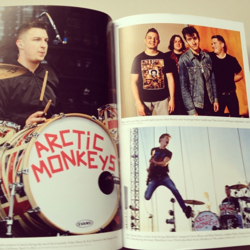 New Arctic Monkeys biography by Ben Osborne, published by Omnibus Press - photo section from book. See more of the book / order via Amazon UK  ETA: I'm pretty sure this made the rounds a few hours ago, but have it again. (Additional photos via AM France.)