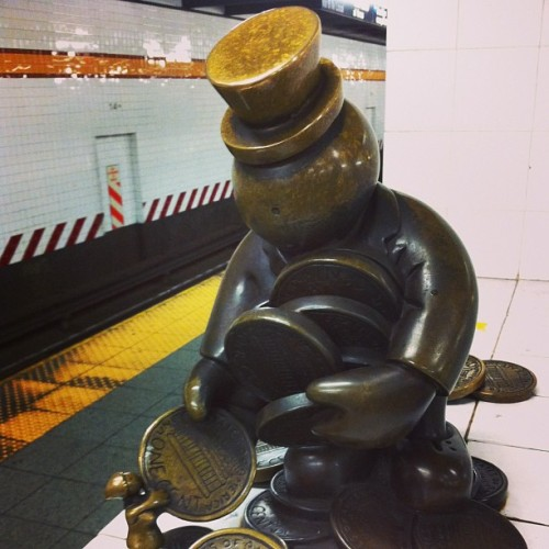 14th street station. #nyc #bronze #art #myriamwiesenfeld