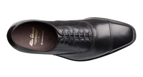 Allen Edmonds Harrison — Continuing my growing obsession with black shoes, I've really liked the look of these. Essentially, it's the Park Avenue on the 333 last with a higher quality leather. While the rounded captoe of the Park Avenue is a conservative staple for suits, I really can't help but like the squared off and angular toe box.
