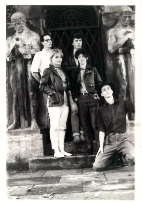 isitanart:  The Blue Orchids - 1982 Peel Session A Year With No HeadNo Looking BackBad EducationSun Connection