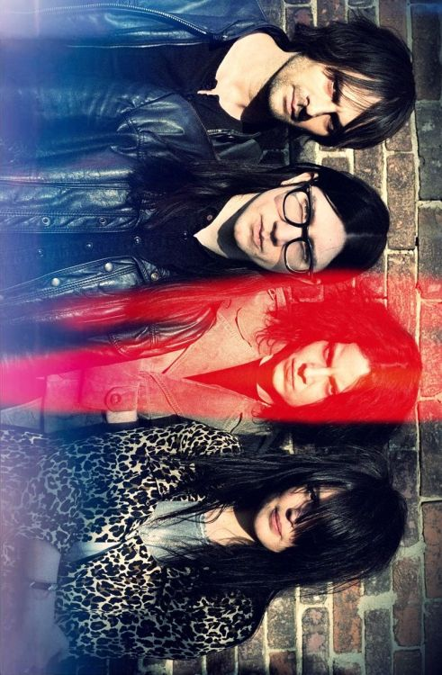 rotatedandfilteredphotosofbands:  The Dead Weather