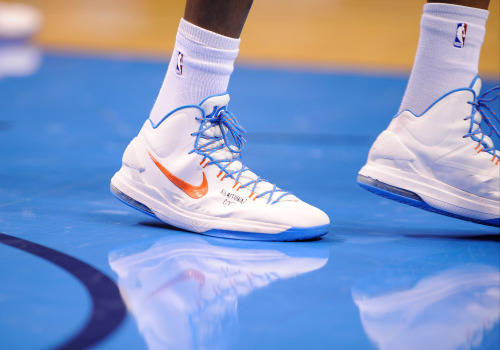 cbssports:  Kevin Durant wore these sneakers last night following the tragedy in Newtown, Connecticut.