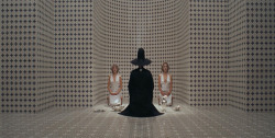 cliffhangerme:  The Holy Mountain (1973), Alejandro Jodorowsky