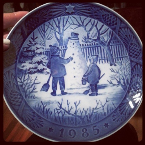 Gift my parents brought back from Denmark. Annual Christmas plate from my year of birth. ♡