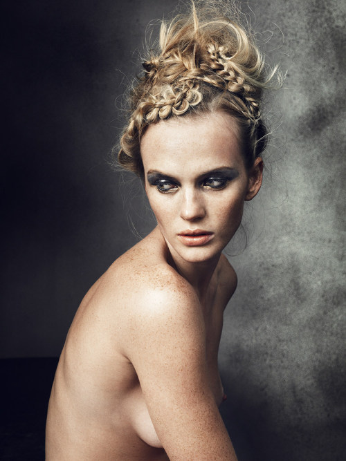 fshntography:  Anne Vyalitsyna by Norman Jean Roy