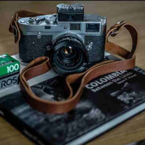 A camera strap. #31trum #handmade #leather #photography #camerastrap #leica