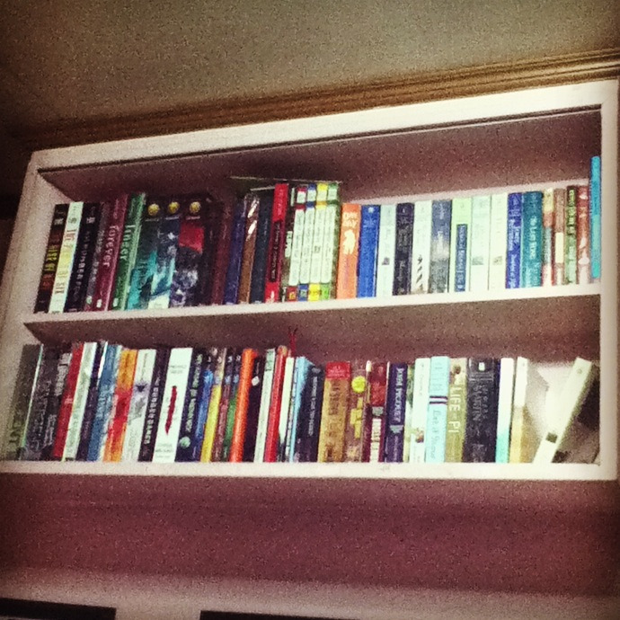 meetdmelvinator:  Borrowed my sister's bookshelf to accomodate my still expanding library. Currently, I have 77 titles which range from Romance to Young Adult fiction. :))