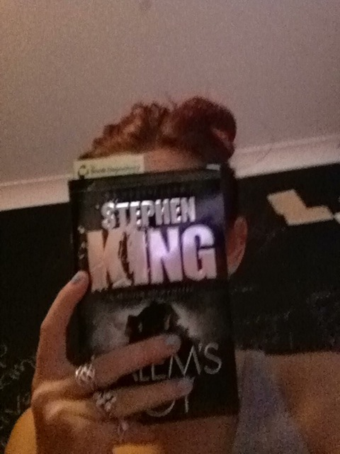 Got another book in the mail weoo! Salem's Lot by my old pal Stephen King. I remember the characters in this one tie in a lot with the gunslinger series which I'm hoping to read again shortly as well.  A book a day this week maybe? How exciting!