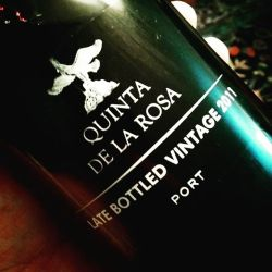 Fun end to the meal. Quinta de la Rosa 2011 LBV - big fruit and chocolate. Pair with non-political post dinner debate and your favorite cookies!#portugal #portwine #catavino #wine #delicious #porto http://ift.tt/1P1wwtY