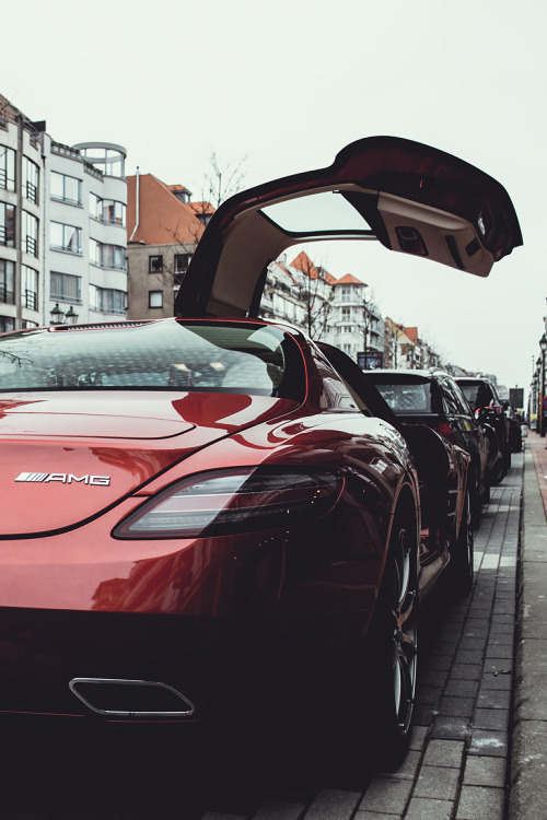 teamfytbl:   SLS | Source | More