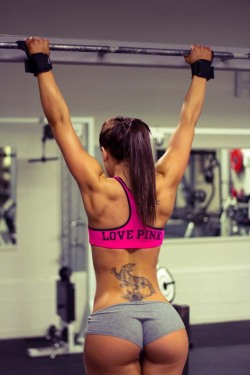 realfitgirls:  Get Motivated !http://realfitgirls.tumblr.com/ Real Fit Babes for Fitness and Motivation  Better sexy than bones with clothes. What do you think?