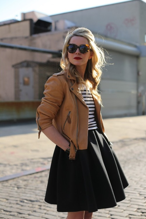 Adore this casual hair look. justfabonline:  Incorporate a sophisticated half up hairstyle, to complete a chic look. via Atlanta Pacific